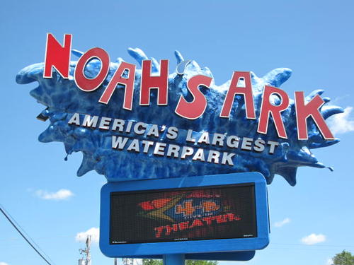noahs ark waterpark
